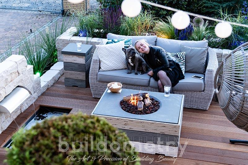Why You Should Choose A Gas Fire Pit For Your Backyard