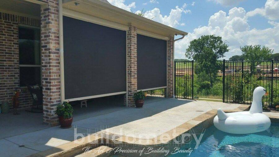 How Retractable Patio Screens Enhance Your Space