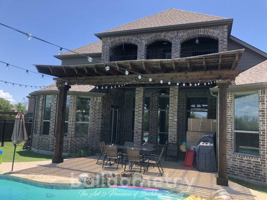A Modern Pergola Could Be the Right Choice for Your Yard